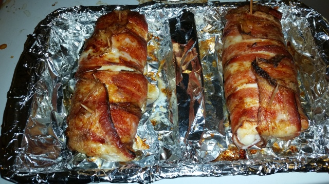 One 2-serving-size Jalapeno-Popper Stuffed Chicken on the left; one 2-serving-size Chicken Cordon Bleu on the right.